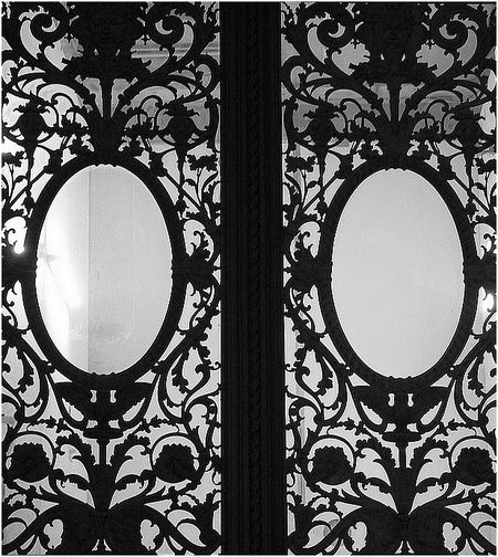 Grille Louvre